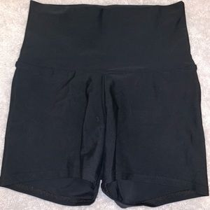 Pants - Black high waisted spandex